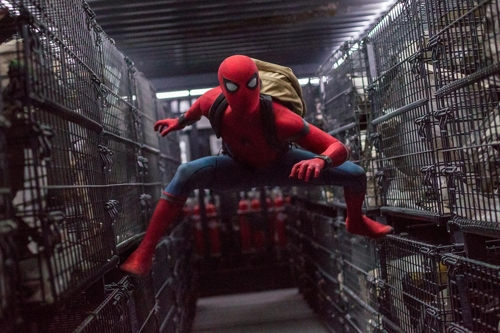 """A still from """"Spider-Man: Homecoming"""" provided by Sony Pictures (Yonhap)"""