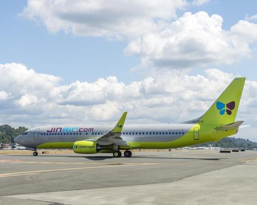 A Jin Air B737-800 jet (Courtesy of Jin Air) (Yonhap)