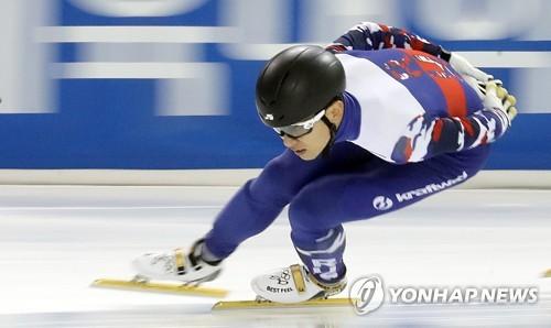 Victor An, Russian short track speed skater born Ahn Hyun-soo in South Korea, trains at Seoul's Korea National Sport University on July 17, 2017. (Yonhap)