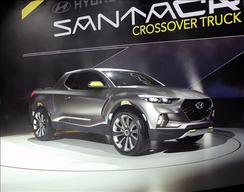 Hyundai gives production ok to Santa Cruz pickup