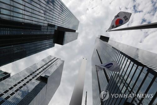 BRIBERY SCANDAL: Jailed Samsung heir appeals 5-yr sentence