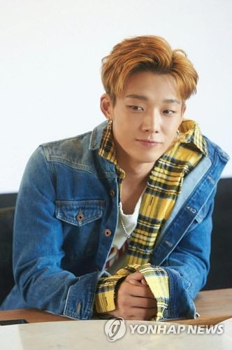In this photo provided by YG Entertainment, Bobby of boy band iKON is seen holding a media interview on Sept. 14, 2017, at a cafe in western Seoul. (Yonhap)
