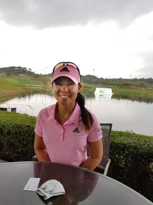 Korean-American golfer Danielle Kang poses for pictures after an interview with Yonhap News Agency at Sky 72 Golf & Resort's Ocean Course in Incheon on Oct. 10, 2017. (Yonhap)