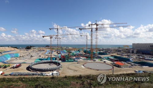 This photo, taken Oct. 20, 2017, shows the construction site of two nuclear reactors in Ulsan, 414 kilometers south of Seoul. (Yonhap)