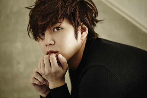 A publicity photo of actor-singer Jang Keun-suk provided by Tree J Company (Yonhap)