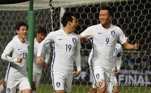 Kim Shin-wook scores twice, South Korea wins EAFF E-1 title