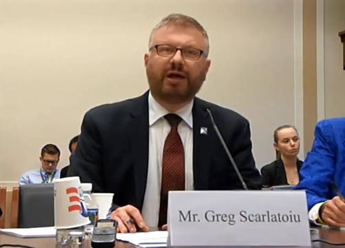 Greg Scarlatoiu, executive director of the Committee for Human Rights in North Korea, a Washington-based human rights organization, testifies before a House Foreign Affairs Committee's subcommittee hearing on Dec. 12, 2017, in a screenshot taken from the website of the Foreign Affairs Committee. (Yonhap)