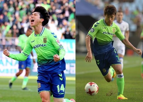 These undated photos, provided by the Jeonbuk Hyundai Motors football club on Jan. 11, 2018, show midfielders Lee Seung-ki (L) and Han Kyo-won in action. Jeonbuk re-signed both players to new three-year deals. (Yonhap)