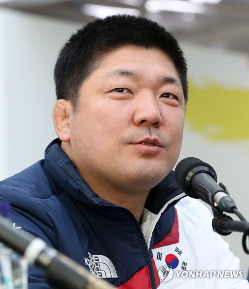 Korean skeleton star opens his era with gold