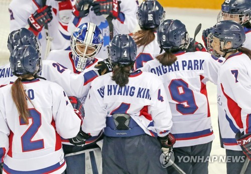 US Women's Hockey Wins First Gold Since 1998