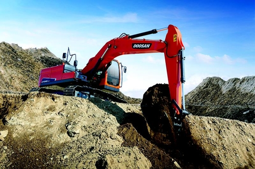 This photo, provided by Doosan Infracore, shows the mid-sized DX220LC-9C excavator at a construction site. (Yonhap)