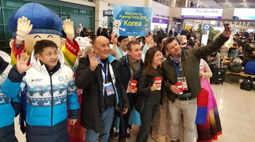 Shopping most favored activity by foreigners during PyeongChang Olympics: poll