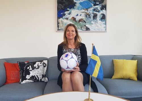 (Yonhap Interview) Swedish ambassador to Seoul says World Cup will be chance for better understanding between two countr..