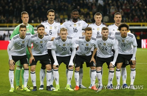 This photo taken by the Associated Press on March 22, 2017 shows the German national football team. (Yonhap)