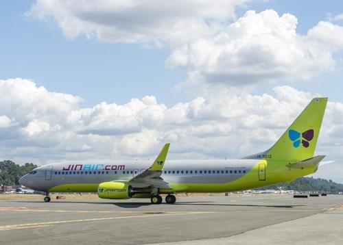 Jin Air adds B737-800 to beef up fleet