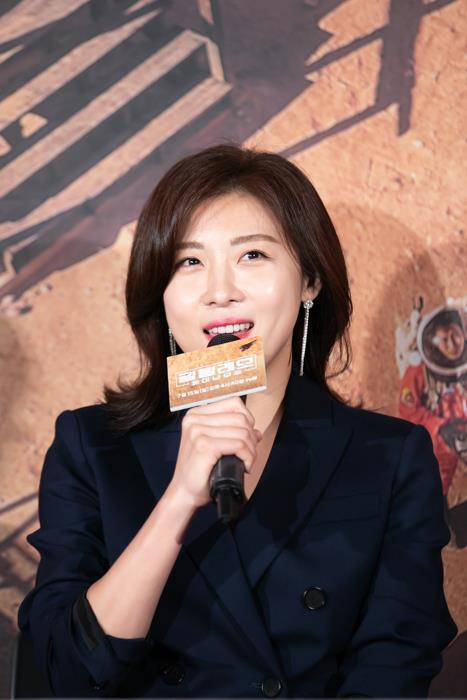 "Actor Ha Ji-won talks during a press event for ""Galileo: Awakened Universe"" in Seoul on July 12, 2018. (Yonhap)"