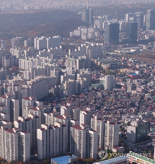 This undated file photo shows apartment buildings in Seoul. (Yonhap)