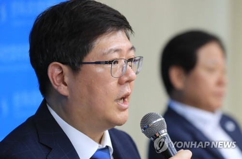 Kim Hong-gul, head of the Korean Council for Reconciliation and Cooperation, speaks during a press conference in Seoul on July 22, 2018. (Yonhap)