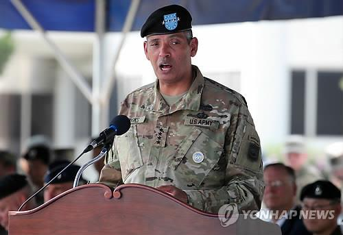 This file photo taken on Sept. 12, 2018, shows Gen. Vincent K. Brooks, commander of United Nations Command, at an event in Seoul. (Yonhap)