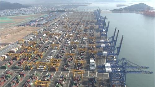 S.Korea: Growth of seaport cargo slows on Sino-U.S. trade row