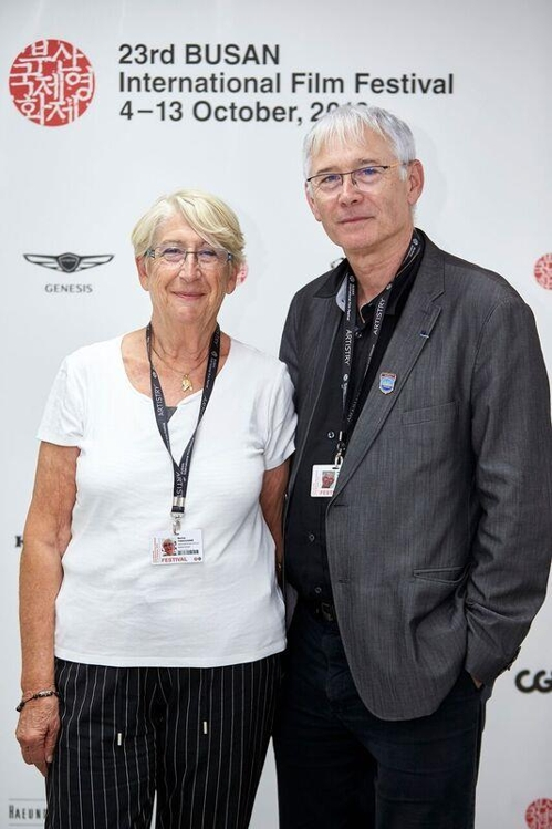 This photo of the founders of the Vesoul International Film Festival of Asian Cinema, Martine Therouanne (L) and Jean-Marc Therouanne, during a media interview on Oct. 11, 2018 was provided by the Busan International Film Festival. (Yonhap)