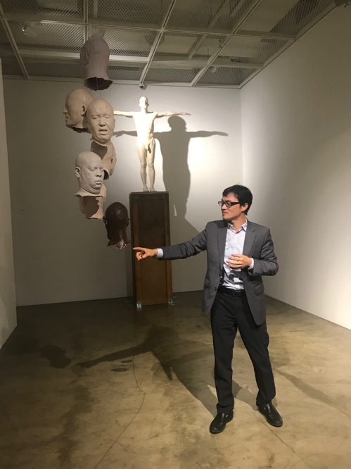 This image provided by Artside Gallery on Oct. 19, 2018, shows the artist Han Hyo-seok. (Yonhap)