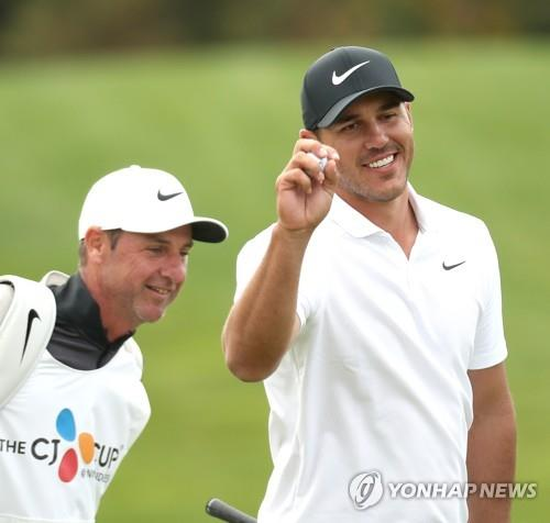 Koepka wins to reach No — Sunday's golf roundup