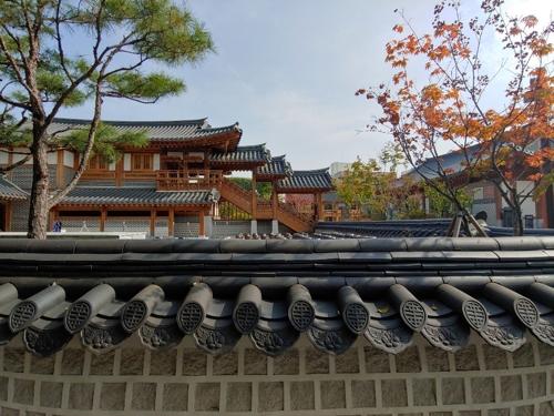 This photo taken on Oct. 22, 2018, shows a neighborhood view of Jangan Sarangchae in Suwon, Gyeonggi Province. (Yonhap)