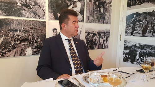 Turkish Ambassador to South Korea Ersin Ercin speaks during a meeting with reporters at his official residence in Seoul on Nov. 1, 2018. (Yonhap)