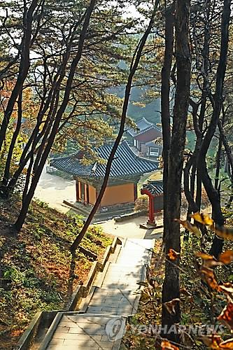 Silleuksa Temple (Yonhap)