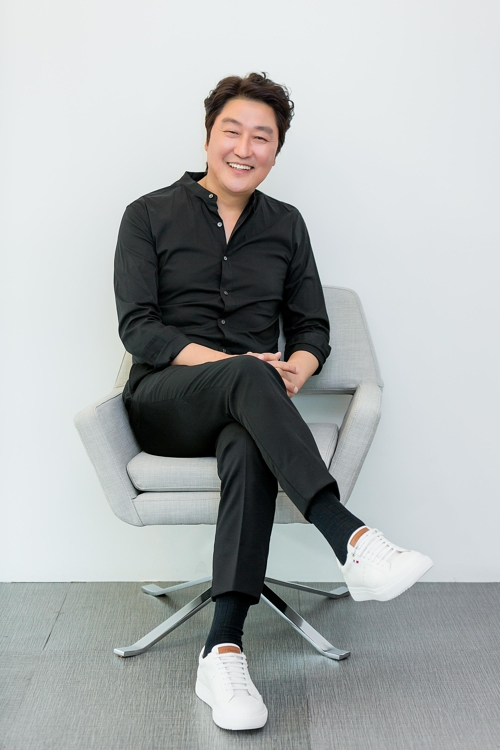 (Yonhap Interview) 'Drug King' is a throwback to Song Kang-ho's dark side