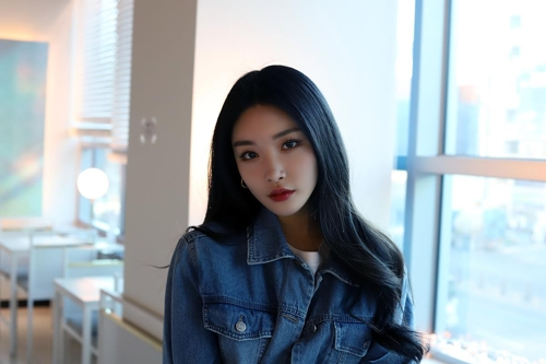 (Yonhap Interview) Taking K-pop scene by storm, Chungha angles for another hit