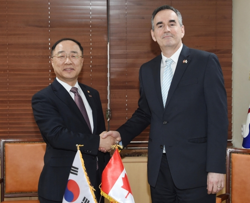 S. Korea, Canada call for strengthening bilateral ties