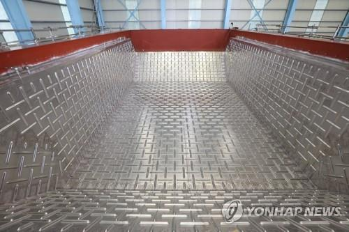(News Focus) S. Korean shipbuilders striving to break GTT monopoly in LNG containment systems