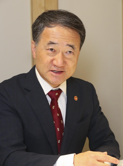 (Policy Interview) Seoul seeking to expand clout in global bio-health sector: health minister