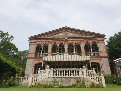 (Yonhap Feature) Rare embassies opening offers glimpse into history, architectural beauty