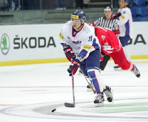 championnat du monde de hockey sur glace la cor e du sud bat la pologne agence de presse yonhap. Black Bedroom Furniture Sets. Home Design Ideas