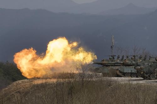 Des chars de combat stratégique K-2