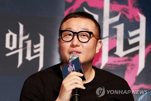Jung Byung-gil, réalisateur de «The Villainess», ce jeudi 11 mai 2017 à Séoul.