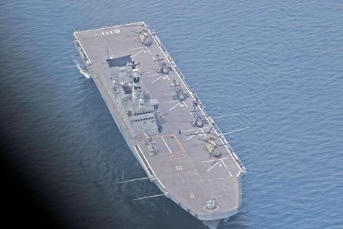 Le navire d'assaut Dokdo de la marine nationale de la Corée du Sud lors des exercices Warrior Strike 7 (Capture d'image du compte Facebook de la 2e division d'infanterie de l'USFK)