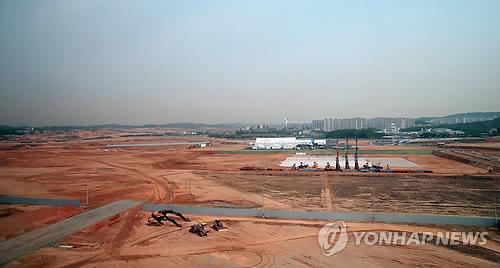 Le terrain de l'usine de fabrication de semi-conducteurs à Pyeongtaek de Samsung Electronics (Photo d'archives)