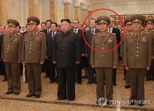 Jang Chang-ha au Palais du Soleil de Kumsusan pour la commémoration du fondateur du pays, Kim Il-sung, le 8 juillet 2017, porte les insignes de général deux étoiles (Utilisation uniquement en Corée du Sud et redistribution interdite)