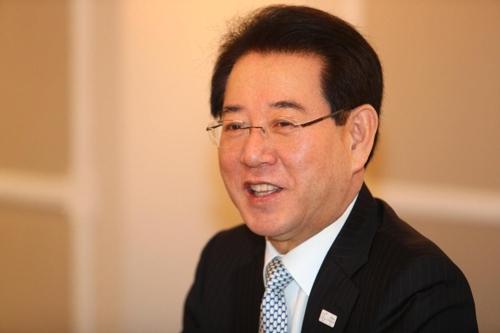 Le ministre sud-coréen de l'Agriculture, de l'Alimentation et des Affaires rurales, Kim Yung-rok, accorde une interview à Rome.