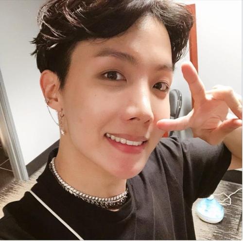 J-Hope, membre du groupe de K-pop Bangtan Boys (BTS) (Capture du compte Twitter de BTS)