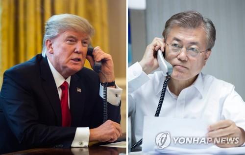 10日、電話会談を行う文大統領(右)とトランプ大統領(青瓦台提供)=(聯合ニュース)