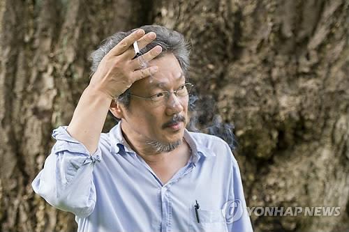 第70回カンヌ国際映画祭で2作品が上映されるホン・サンス監督(資料写真)=(聯合ニュース)