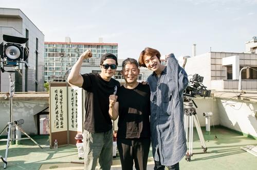 左からクォン・サンウ、ソン・ドンイル、イ・グァンス(CJエンターテインメント提供)=(聯合ニュース)
