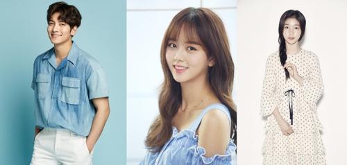 映画「君の名は。」の韓国語吹き替え版で声優を務める(左から)チ・チャンウク、キム・ソヒョン、イレ(提供写真)=(聯合ニュース)