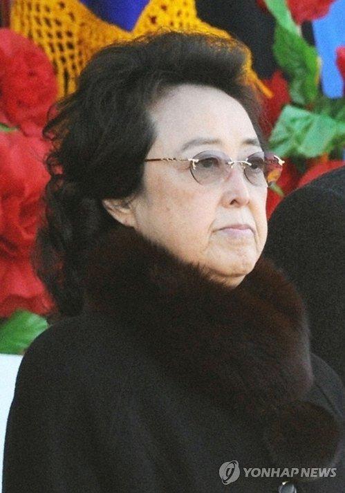 【北朝鮮】金正恩氏の叔母・金慶喜氏 平壌近郊で療養中=韓国情報機関[8/31] [無断転載禁止]©2ch.net->画像>6枚