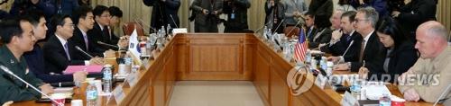 14年1月9日、ソウルで開かれた在韓米軍駐留経費負担に関する特別協定に向けた10回目の高官級協議=(聯合ニュース)